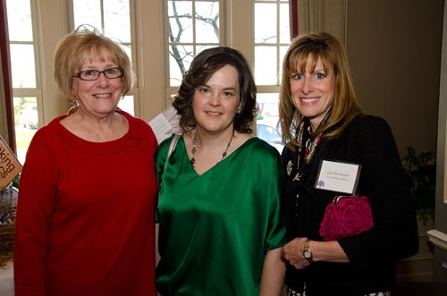 Planning committee member Gretchen Hunter, right, with her mother, Jane Winchell, and sister-in-law, Amy Winchell