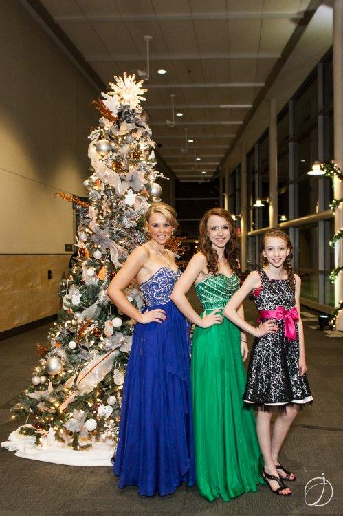Brittany, Jordan and LaceyJo Hunter