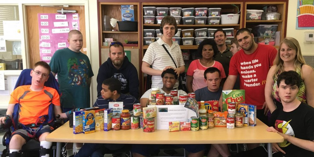 Students and Faculty Collect Food