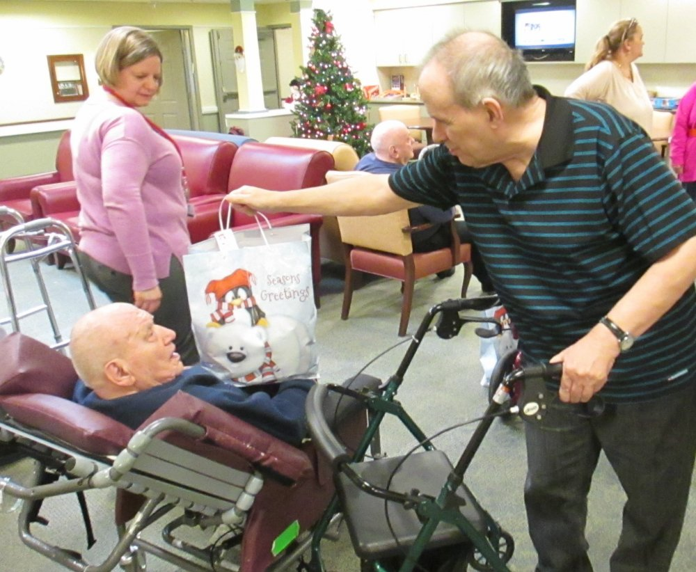 Seniors Present Gifts to Veterans